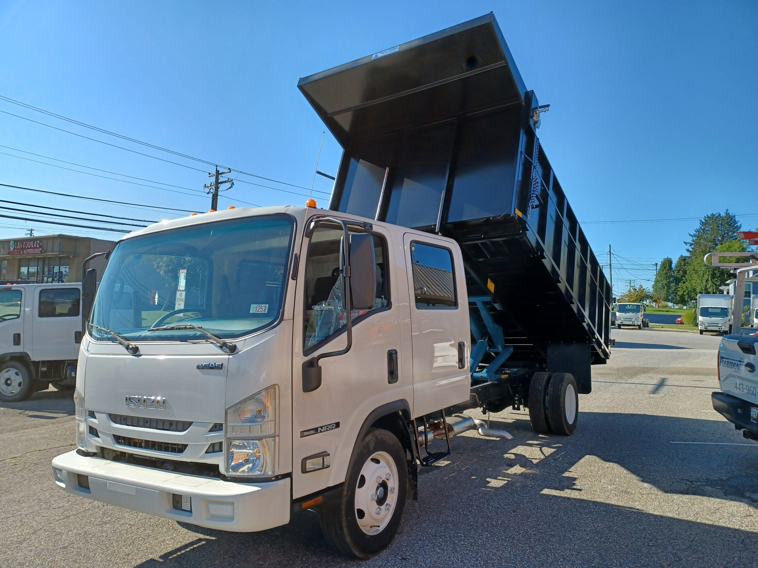 2021 NRR Dump Body 19500gvwr Gas Motor Payload of 8500lbs Crew Cab 7 passenger seating 20210903_092801-scaled